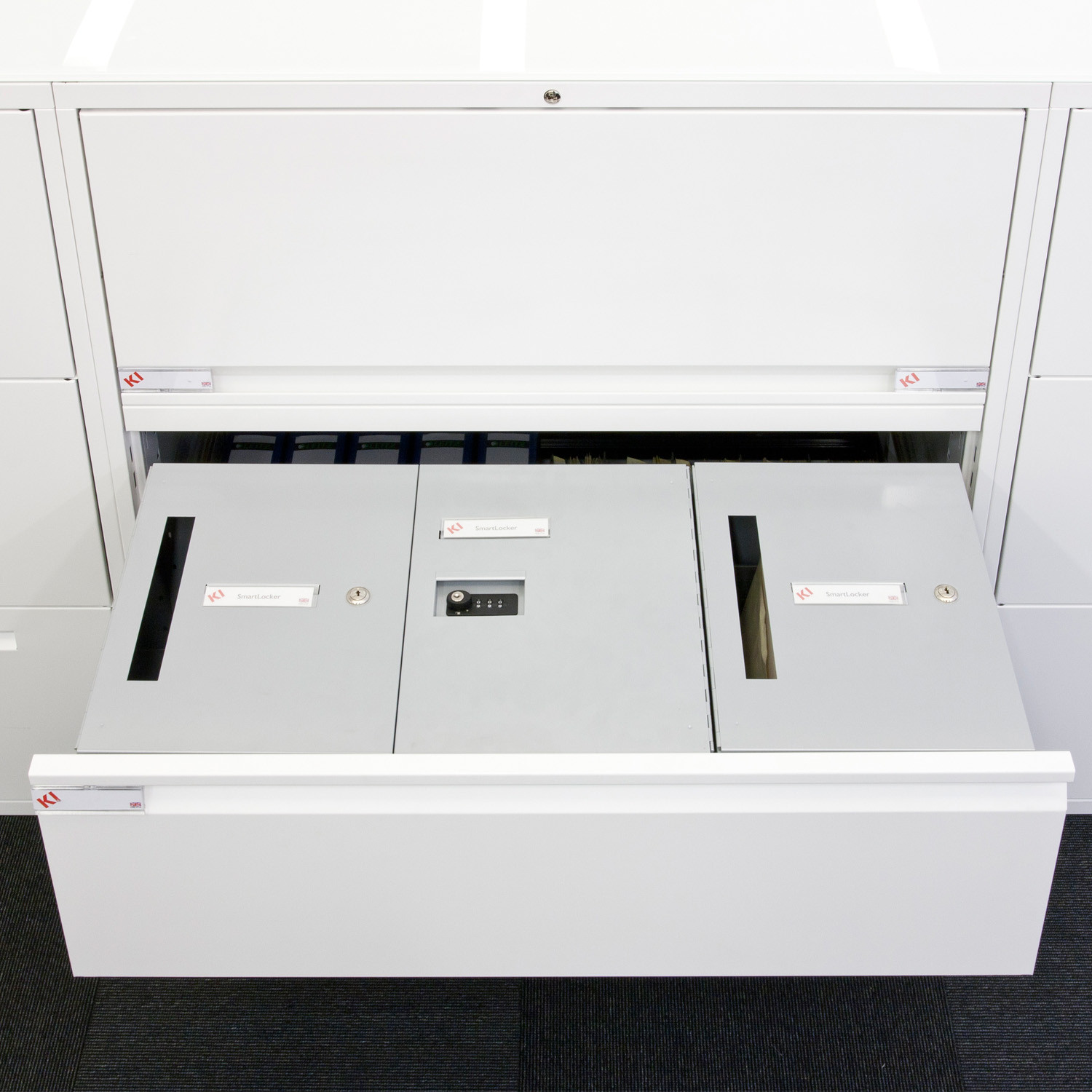 SmartLockers for Hot Desking