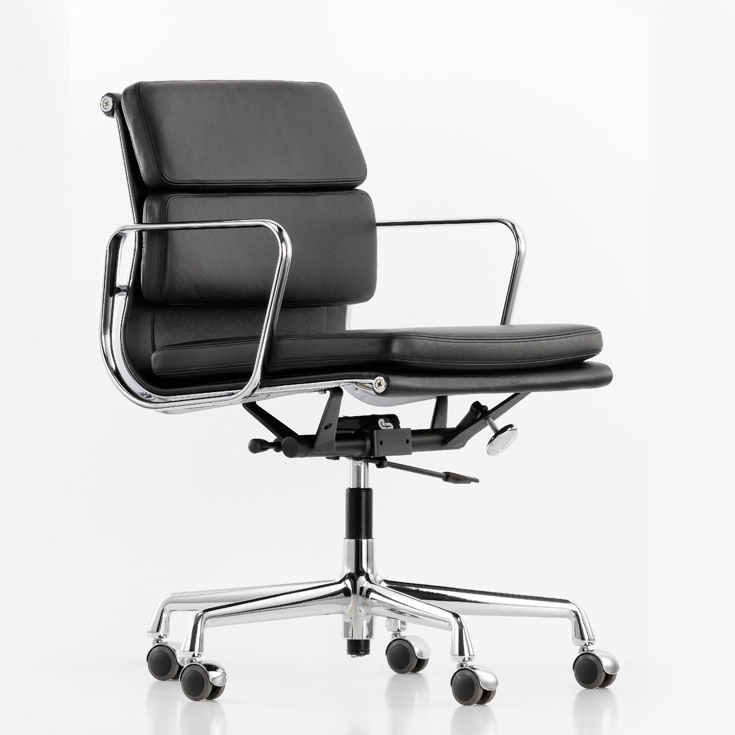 Eames EA217 Soft Pad Office Chair by Vitra