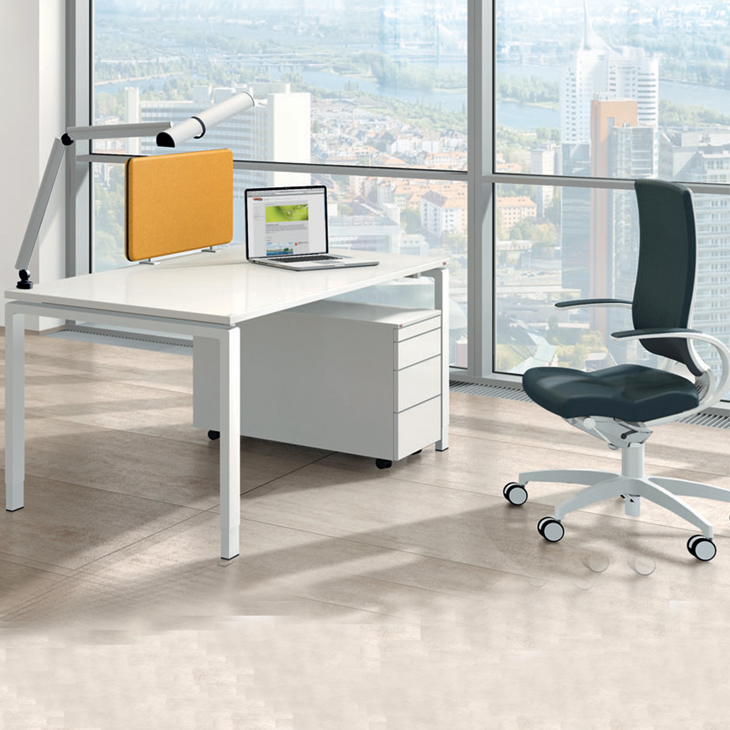 Solos Office Desks by Assmann