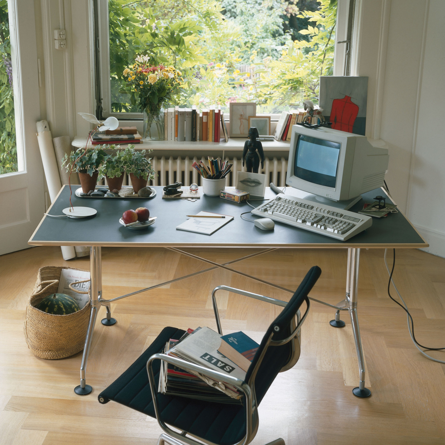 Vitra Spatio Executive Desk