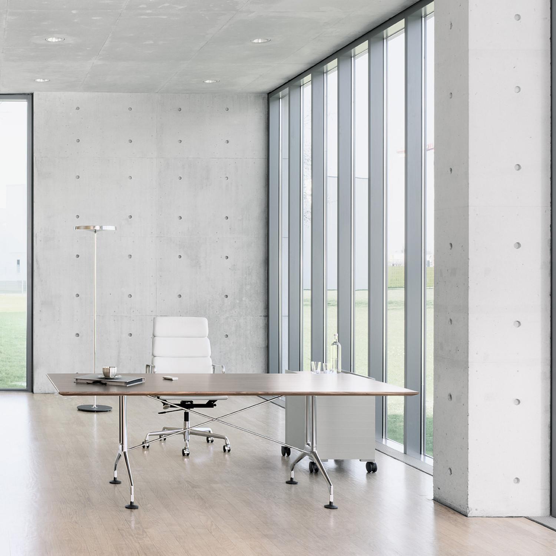 Spatio Executive Desk