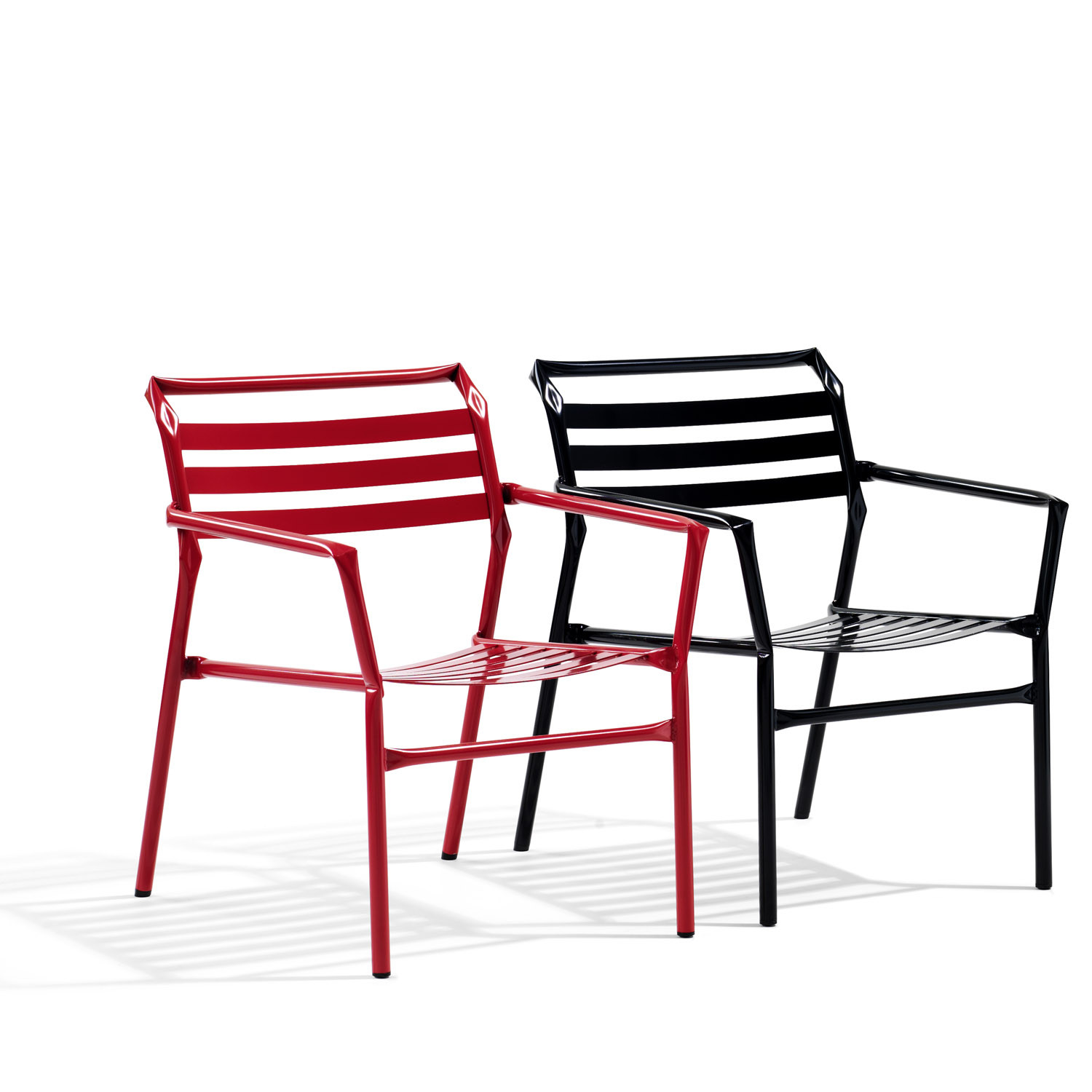 Straw Linked Chairs O36