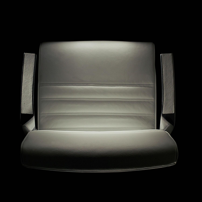 Luxy Synchrony Chair