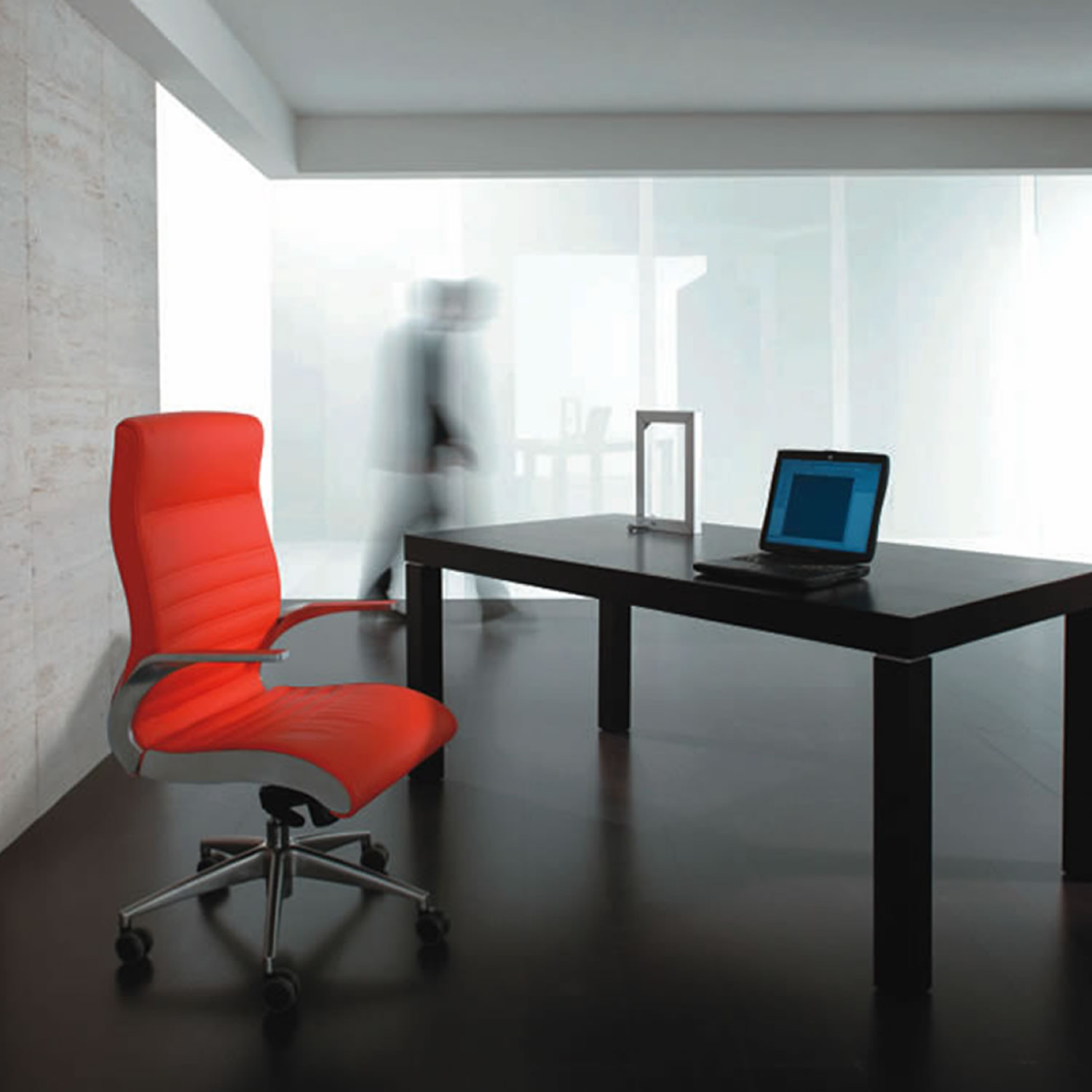 Synchrony Executive Office Chair