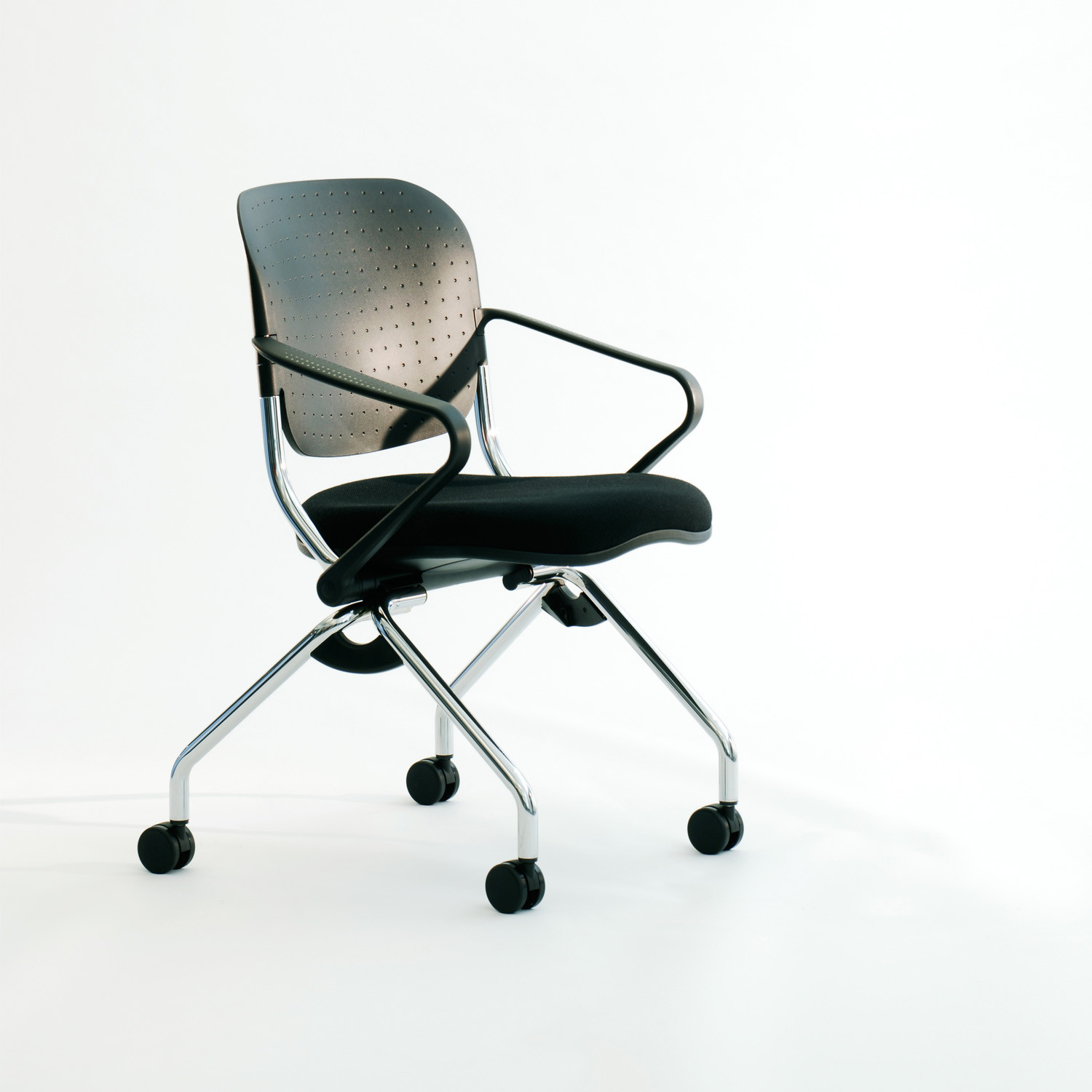 Torsion On the Go Chair with arms by KI
