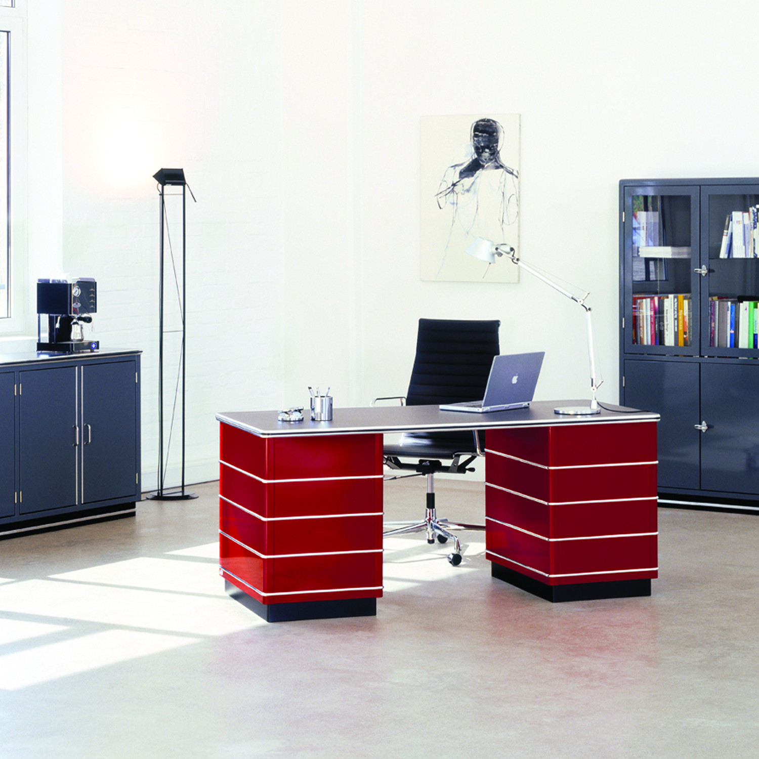 Classic Line TB 229  Office Desk