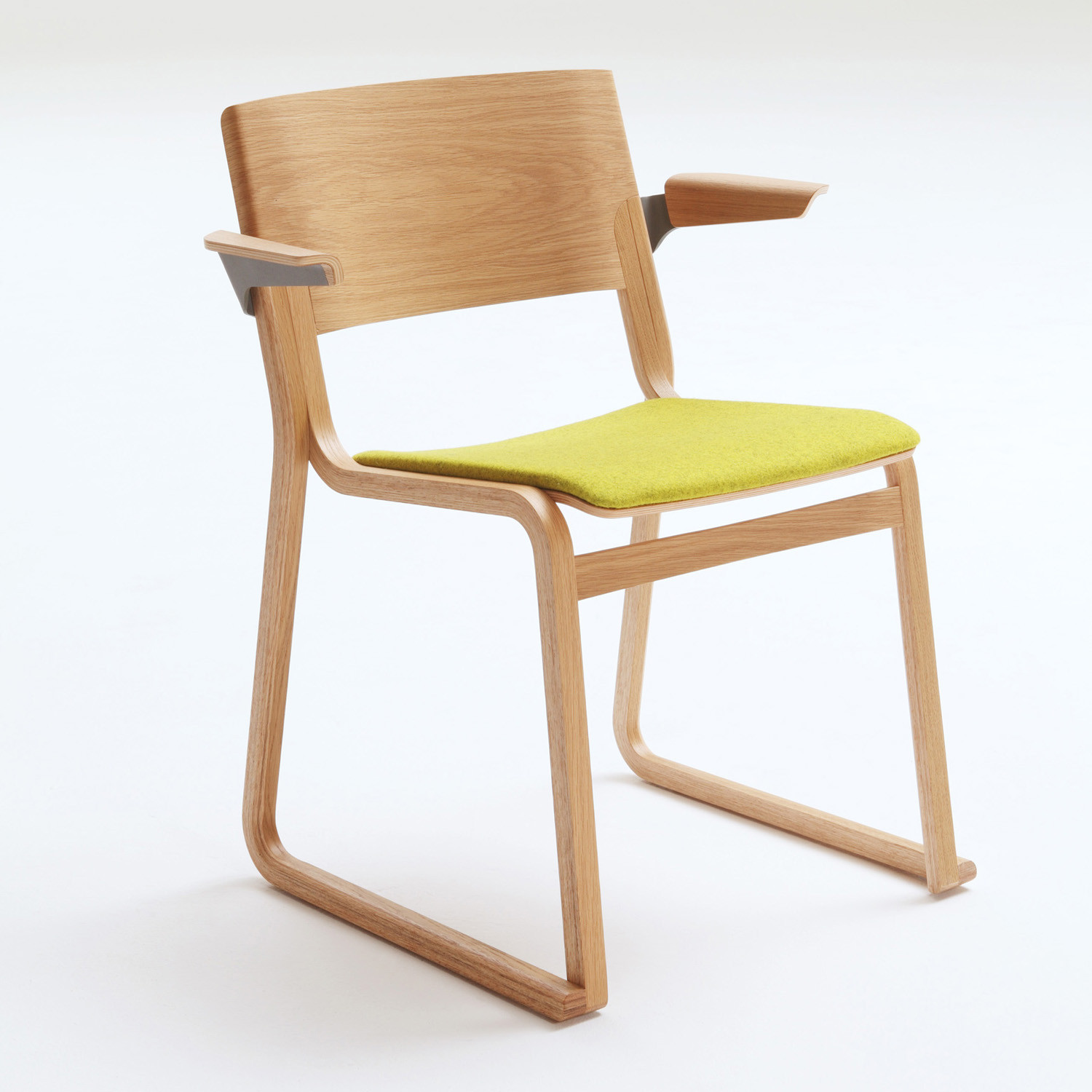 Theo Chair with armrests and padded seat