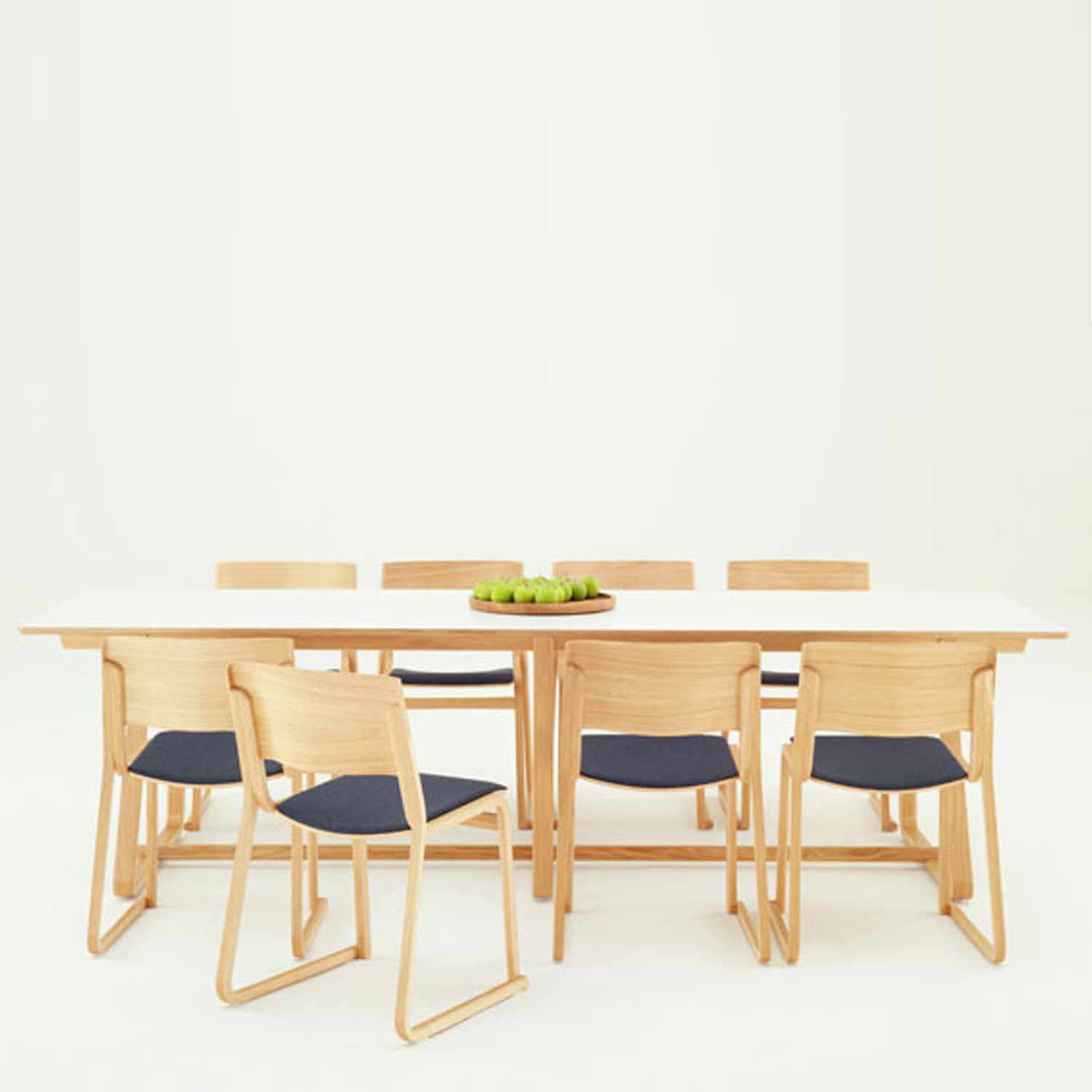 Chorus Theo Table and Chairs