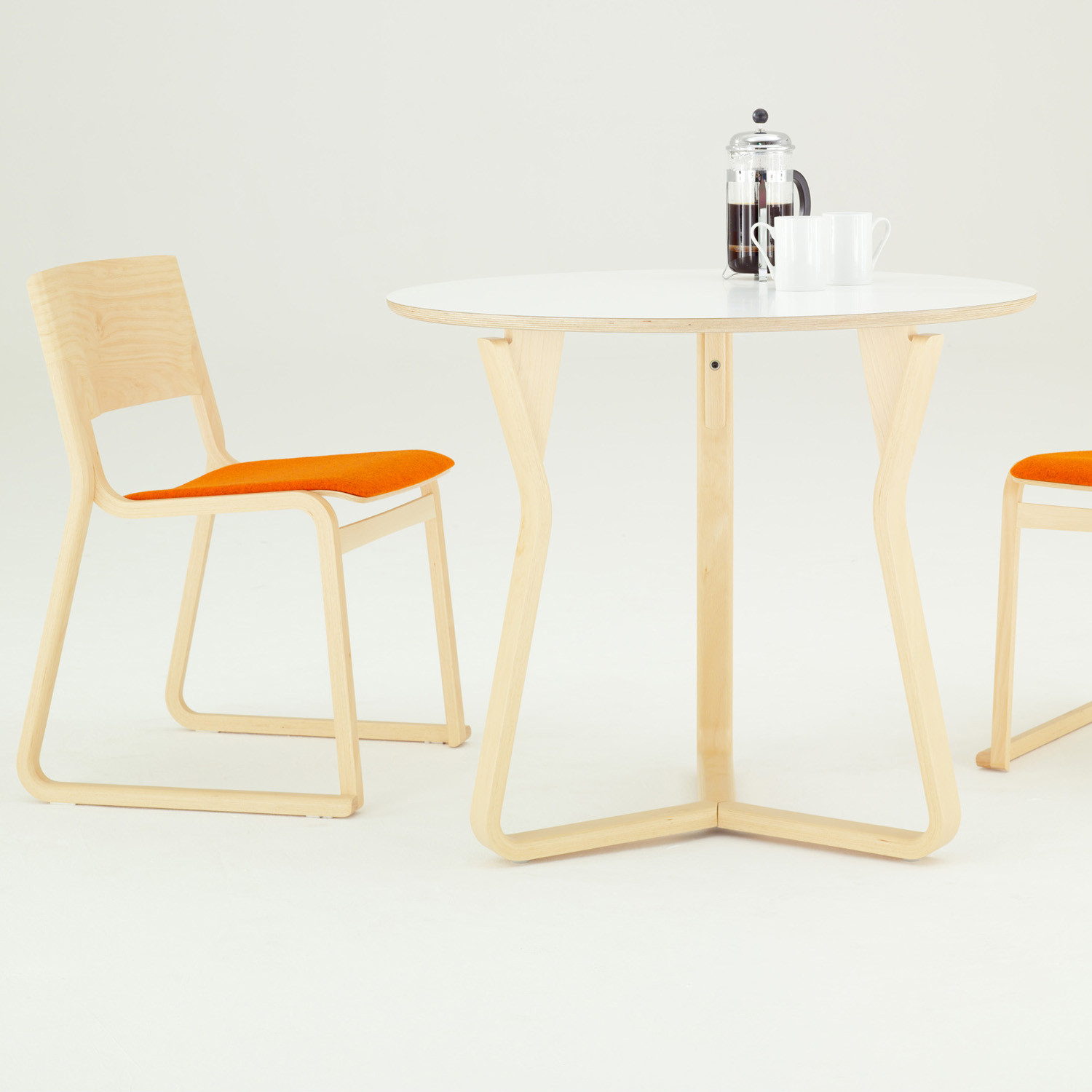 Chorus Theo Cafe Table and Chairs