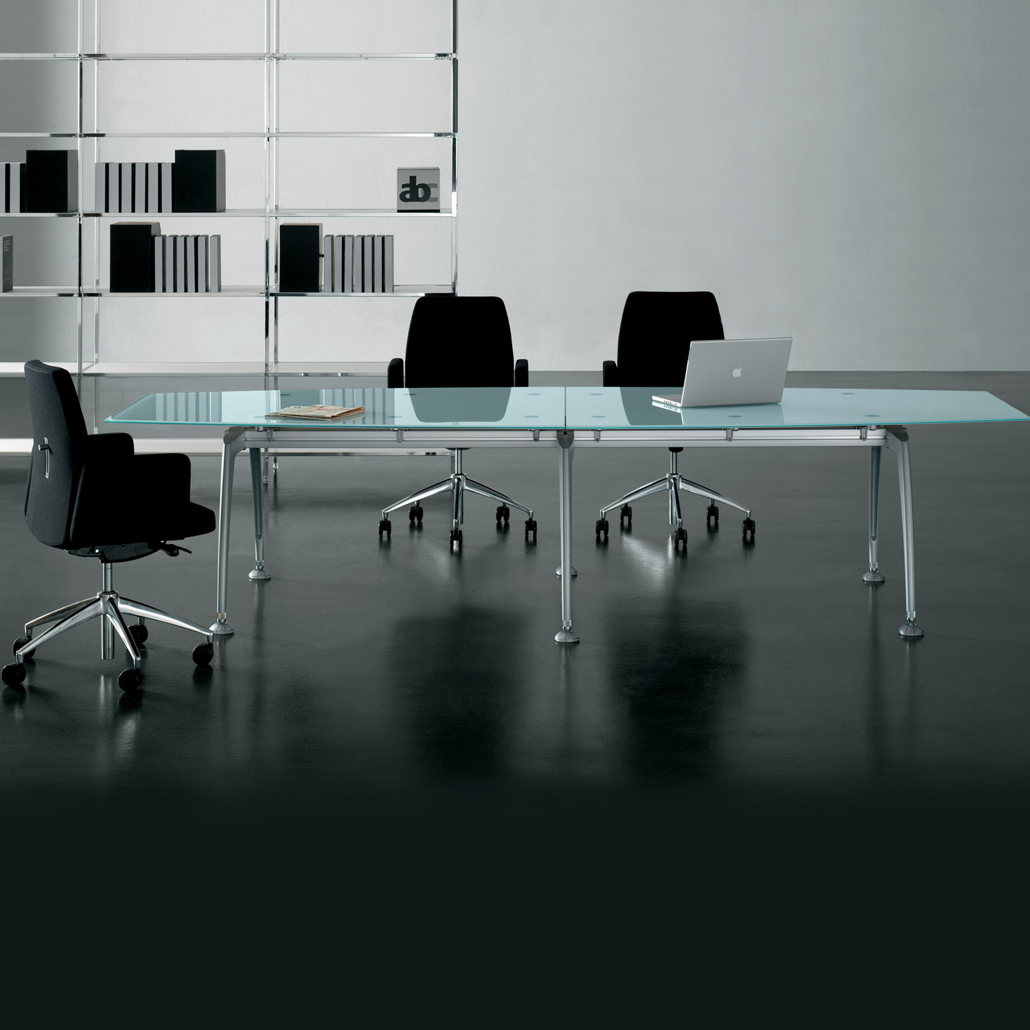 Tiper Glass Meeting Table by Frezza