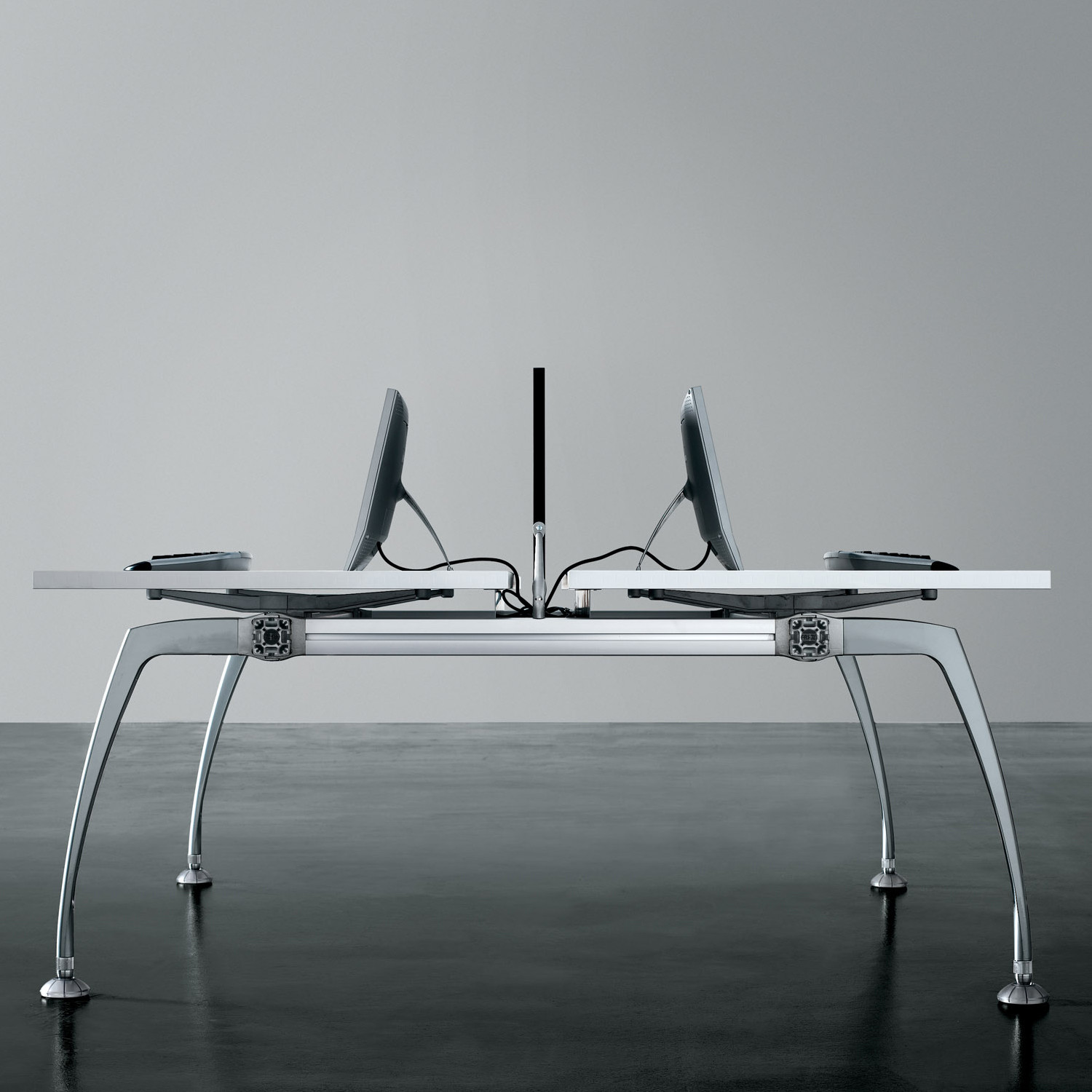 Tiper Bench Desk can be fitted with desk screens upon request