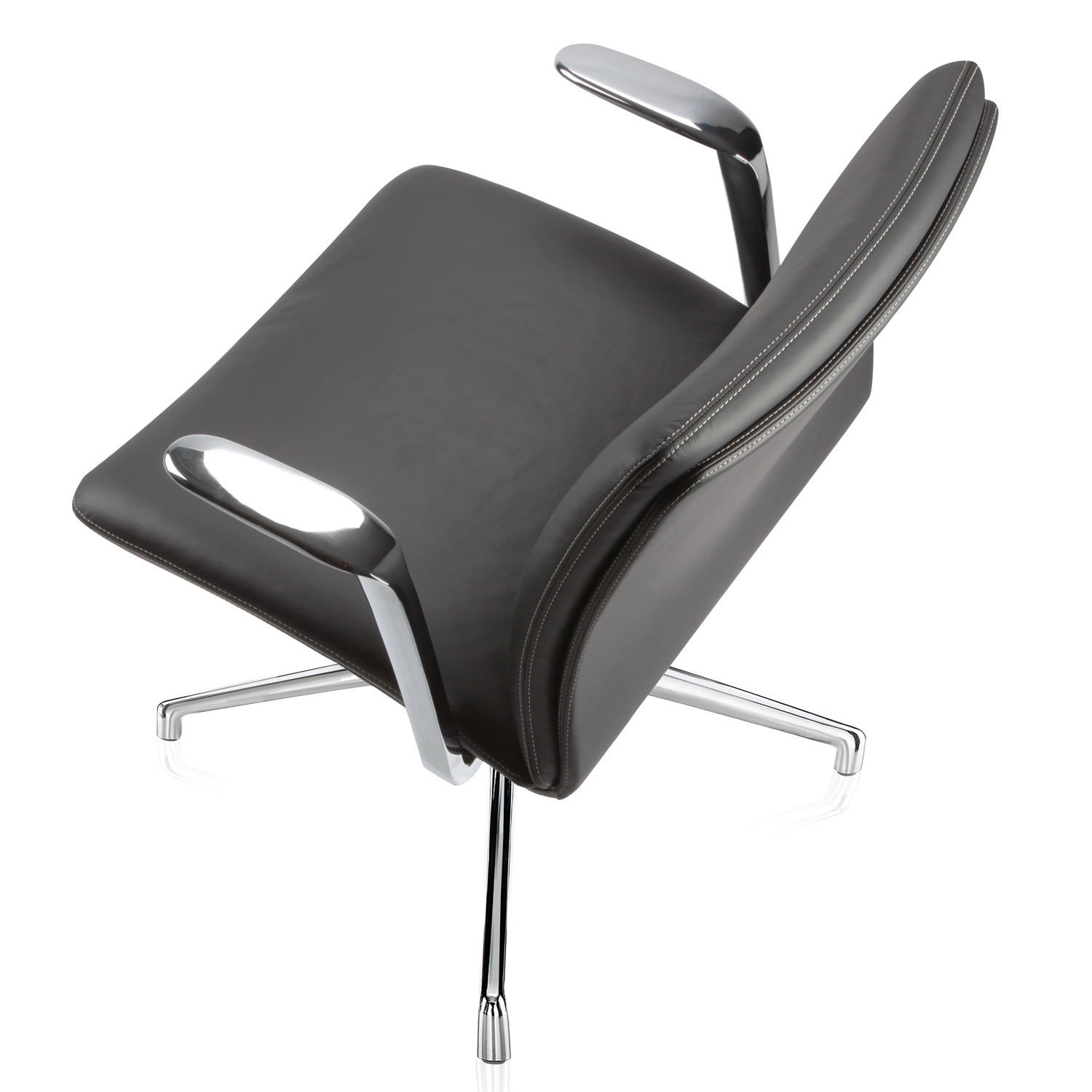 Tokyo Executive Chair by Boss Design
