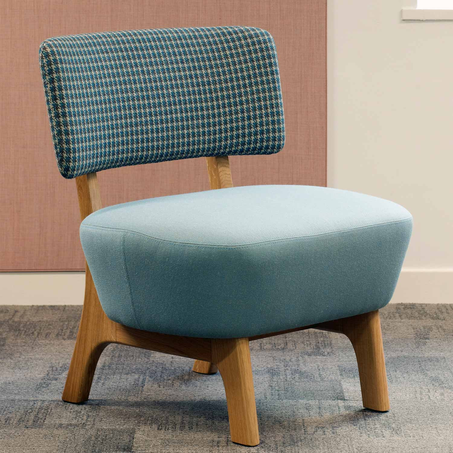 Tope Armchair Front View