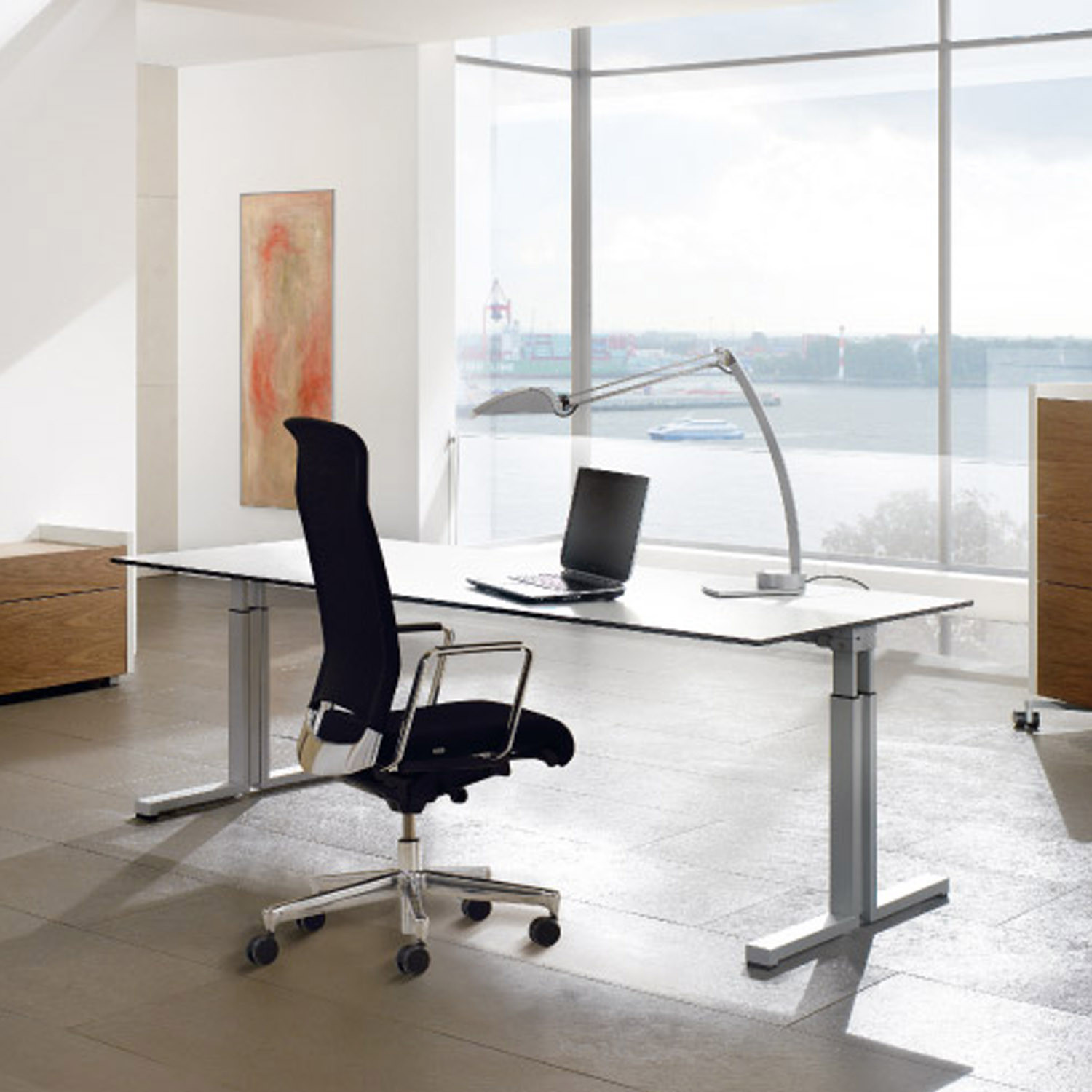 TriASS Height Adjustable Desks