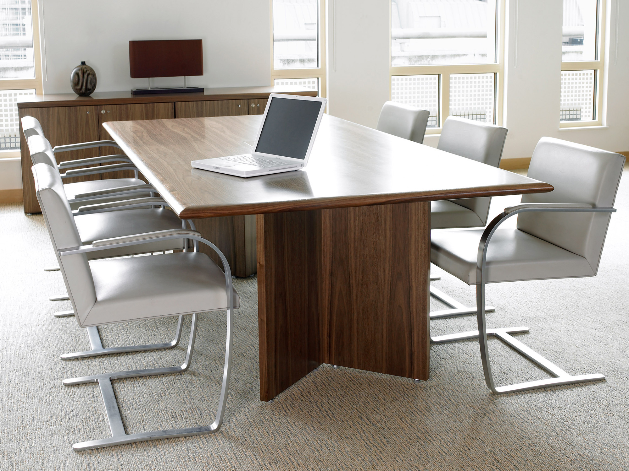 Congress Meeting Table With Rectangular Leg