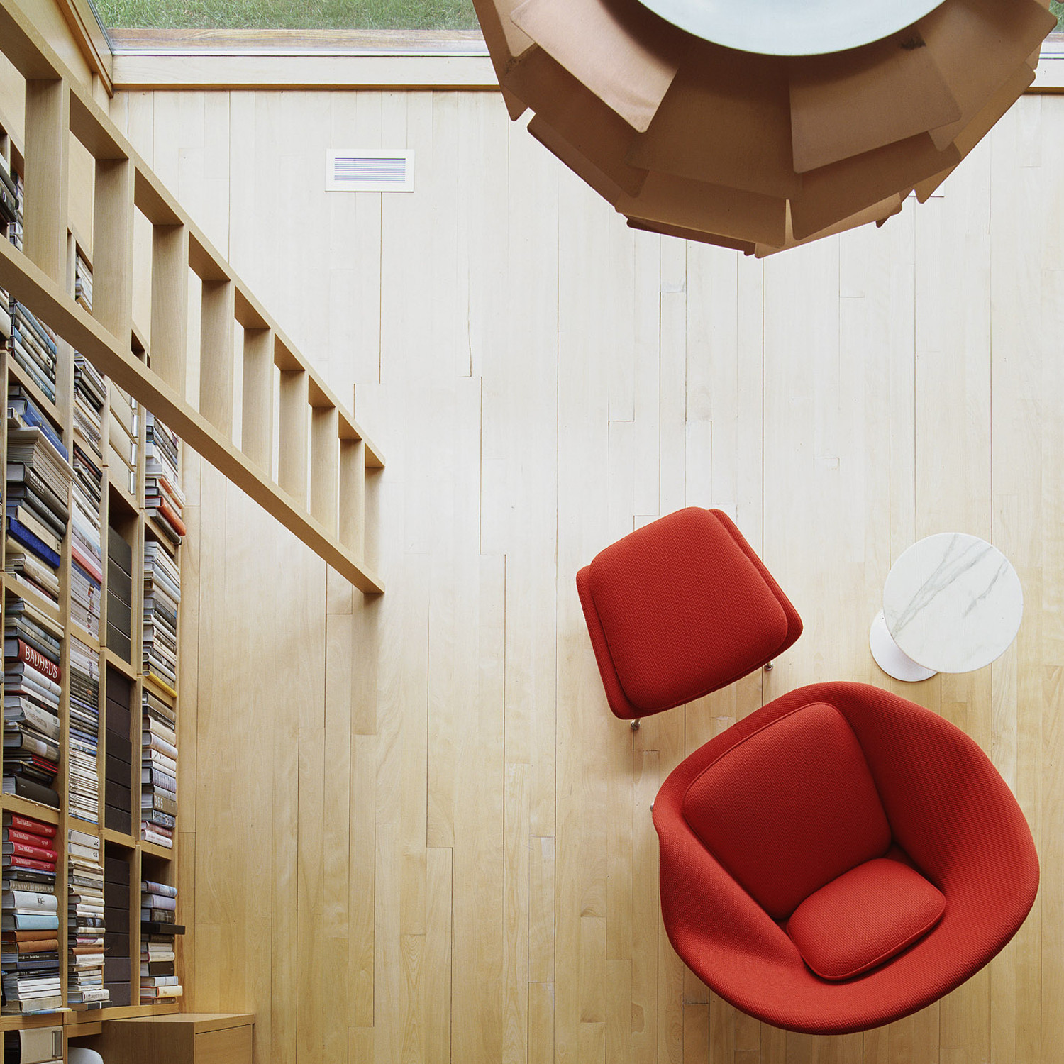 Womb Lounge Chair and Ottoman