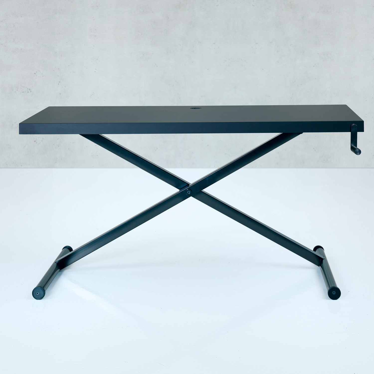 Holmris Furniture X-Table