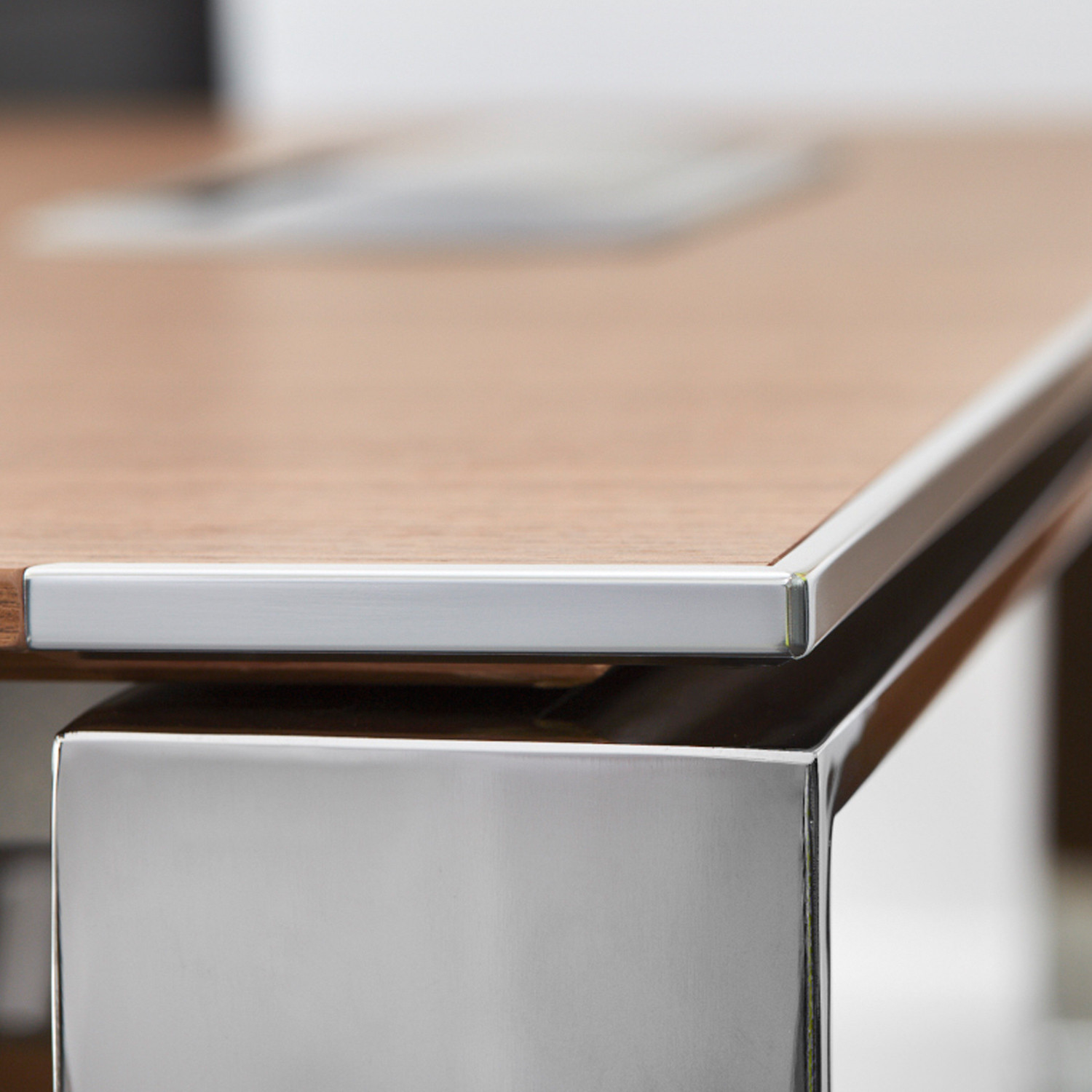 X7 Executive Office Desk Top Detail