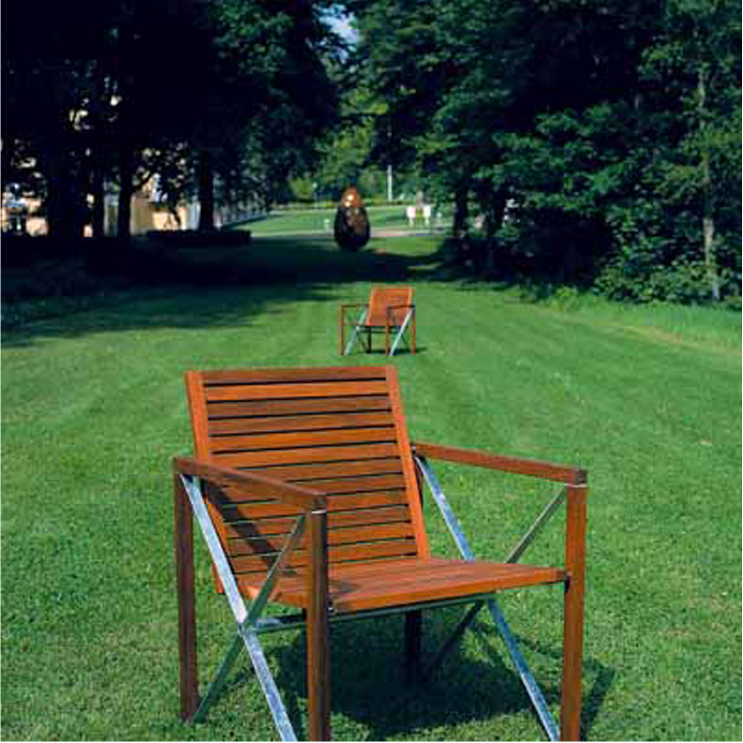 Xylofon Armchair Outside