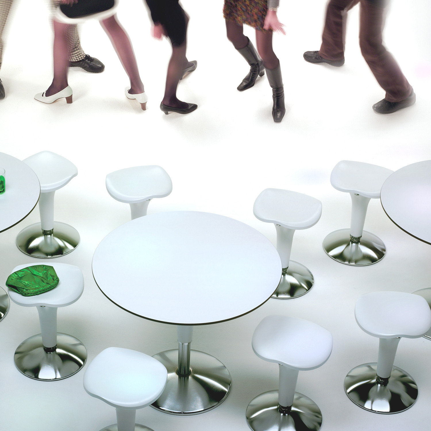 Zanziplano Tables by Rexite