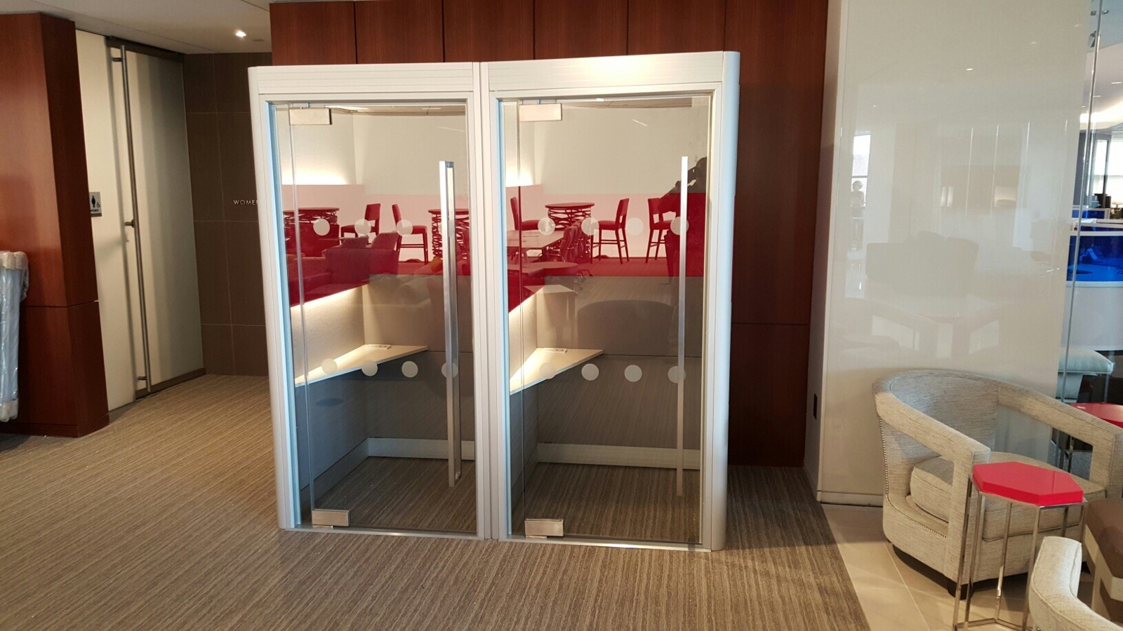 Spacio Phone Booths Freshly Installed In The Usa Apres